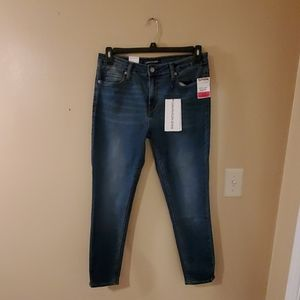NWT* Calvin Klein size 12 jeans mid rise skinny